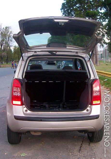 fiat idea 1 8 hlx un minivan compacto ideal para el