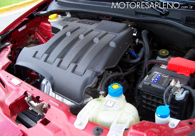 Fiat punto 1 4 elx su logrado dise o confort y for Consumo del fiat idea 1 4