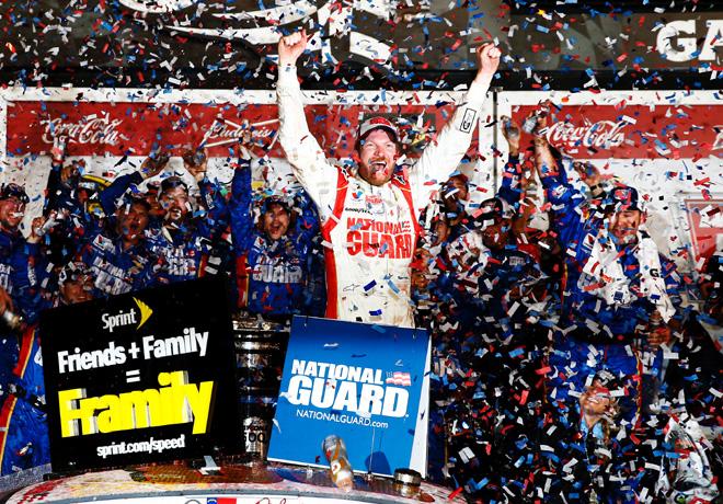NASCAR - Daytona 500 - Dale Earnhardt Jr en el Victory Lane