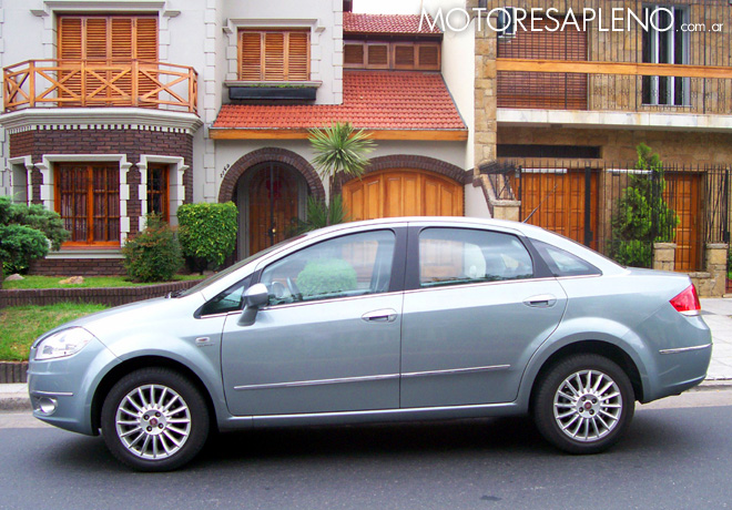Fiat Linea 1.9 Absolute Dualogic 3