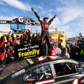NASCAR - Martisville 2014 - Kurt Busch en el Victrory Lane