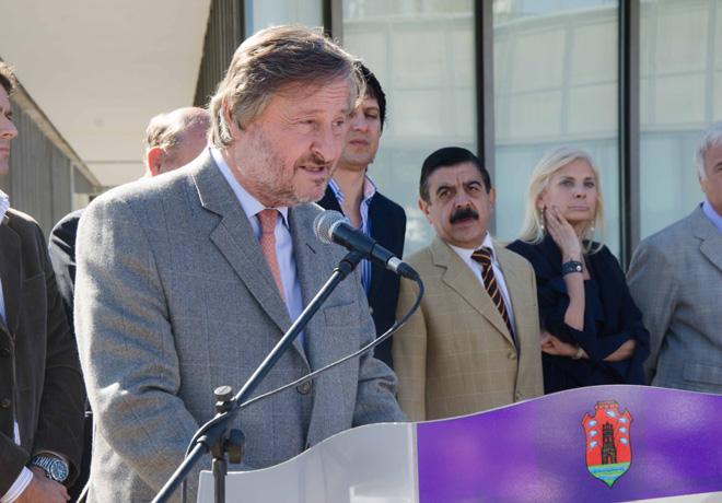 Fiat Auto Argentina dono 16 vehiculos 0km a escuelas tecnicas de la provincia de Cordoba 1