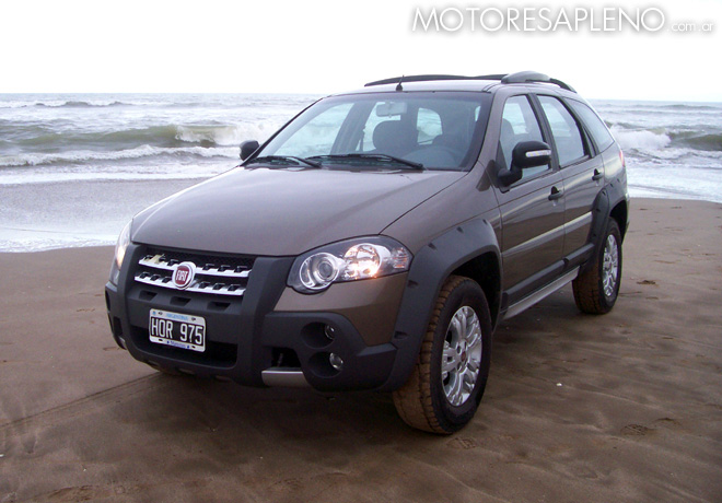 Fiat Palio 1.8 Adventure Locker 1