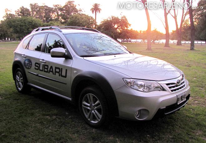 Subaru 2.0 XV MT 1