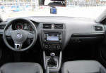 Volkswagen Vento 2.5 Luxury Manual 2