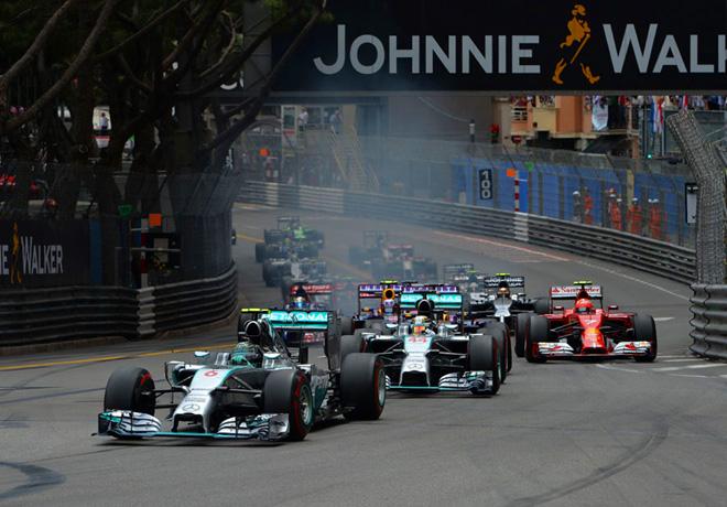 F1 - Monaco 2014 - Nico Rosberg - Mercedes GP - lidera el peloton