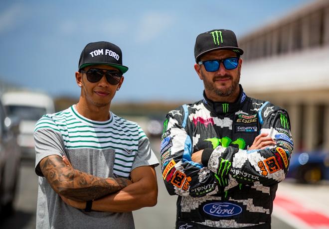Ford - Ken Block desafia a Lewis Hamilton - Top Gear Barbados 1