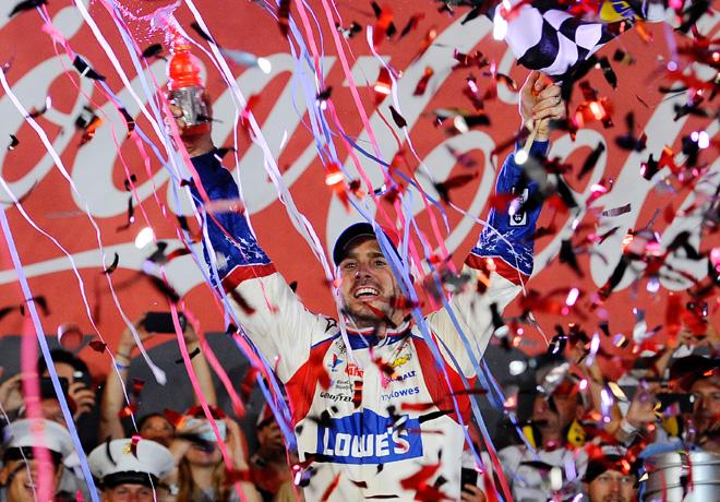 NASCAR - Charlotte - Jimmie Johnson en el Victory Lane