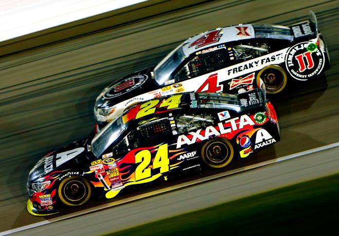 NASCAR - Kansas - Jeff Gordon y Kevin Harvick - Ambos con Chevrolet SS