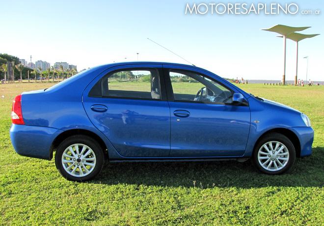 Toyota etios xls sed n otro importante actor en el for 4 puertas xls 6mt