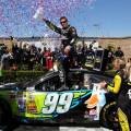 NASCAR - Sonoma - Carl Edwards en el Victory Lane