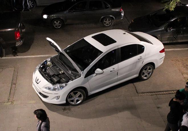 Peugeot dono un 408 a la UTN de Resistencia - Chaco 2