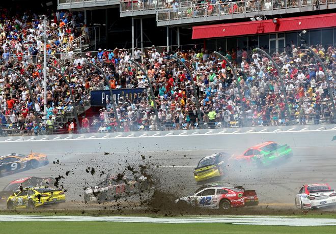 NASCAR - Daytona - Accidente multiple 2
