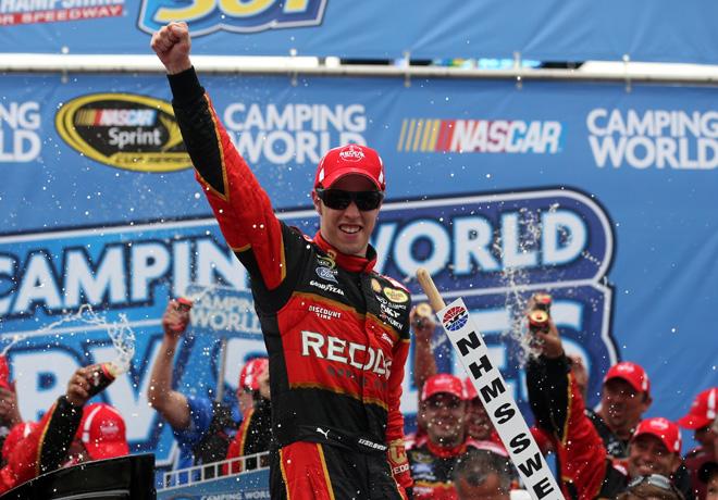 NASCAR - New Hampshire - Brad Keselowski en el Victory Lane