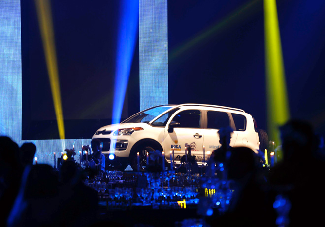 Citroen dono un C3 Aircross en la cena solidaria de Boca