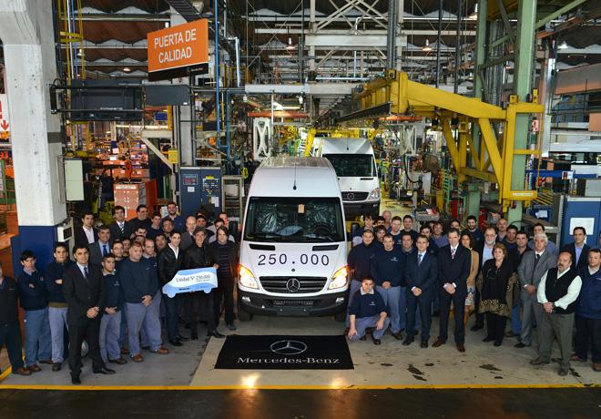 Mercedes-Benz produjo la unidad 250000 del Sprinter