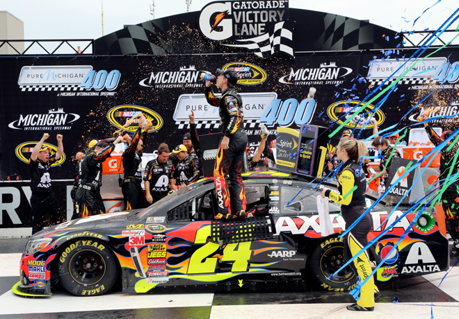 NASCAR - Michigan - Jeff Gordon en el Victory Lane