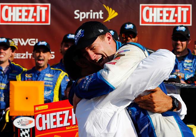 NASCAR - Watkins Glen - AJ Allmendinger en el Victory Lane