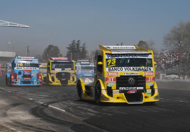 Fórmula Truck en Córdoba: MAN Latin America Racing Team obtuvo el Gran Premio Nº 200.