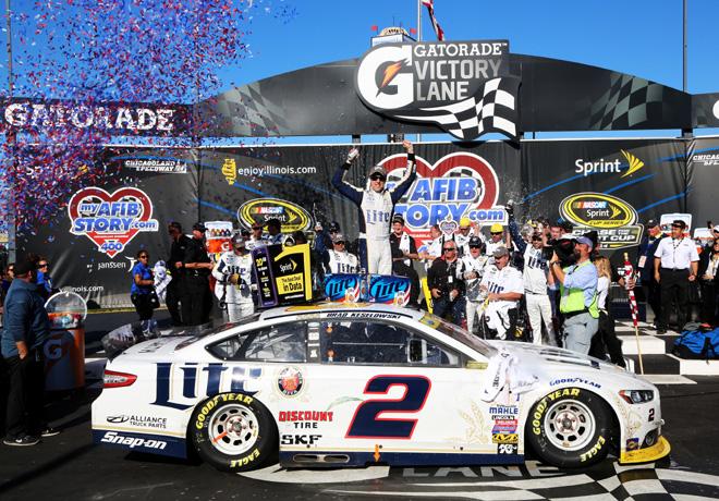 NASCAR - Chicagoland - Brad Keselowski en el Victory Lane