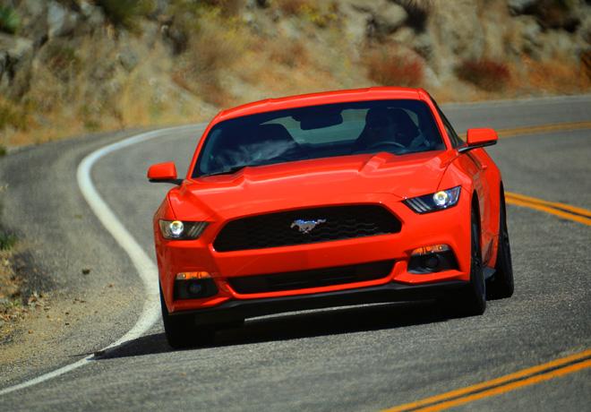 Ford - El nuevo Mustang 2015 Ecoboost baja los 13 segundos en el cuarto de milla