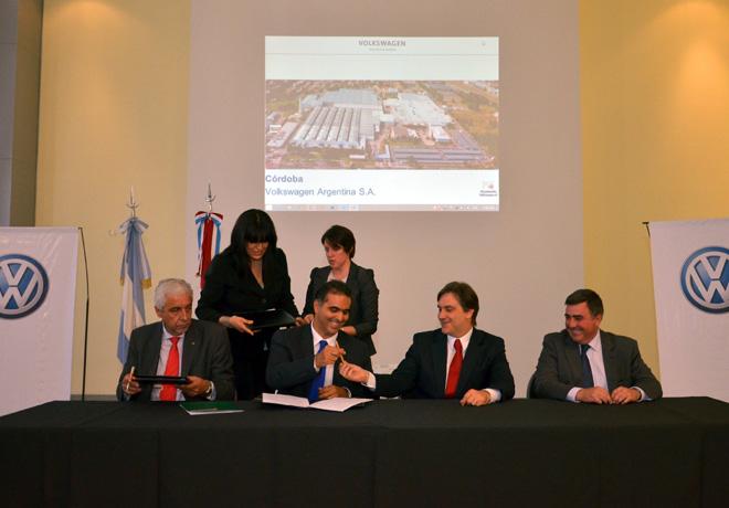 VW Argentina firmo un acuerdo con el Banco de la Provincia de Cordoba para la compra de vehiculos