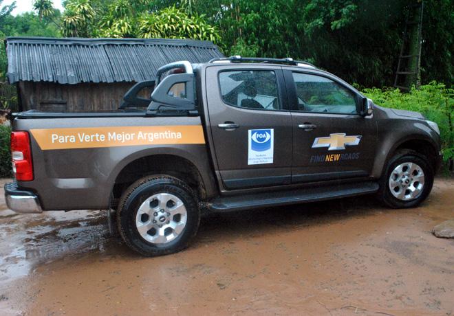 Chevrolet - Fundacion FOA - Una de las unidades S10 utilizadas en los viajes