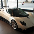 Mercedes-Benz exhibe en su showroom el Pagani Zonda F 1