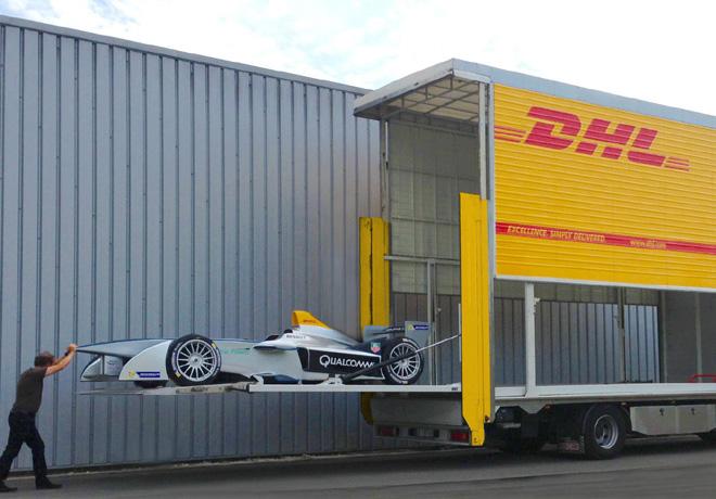 DHL trae a la Argentina a los autos y equipos de la Formula E 2