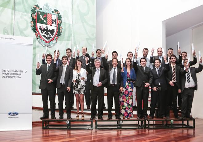 Ford celebro junto a los graduados del Programa Gerenciamiento Profesional de Posventa