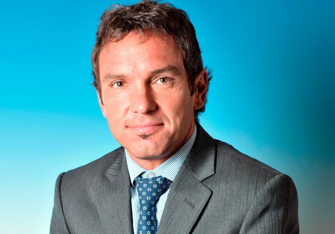 Matias Szapiro - Director de Relaciones Publicas y Gubernamentales VWA