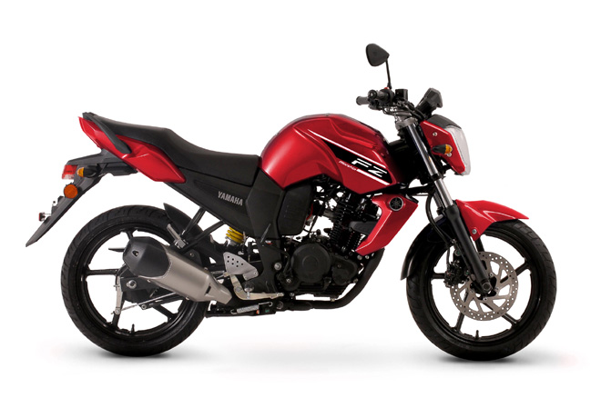 Yamaha FZ16 roja