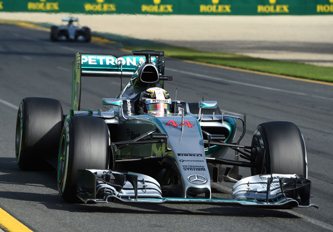 F1 - Australia 2015 - Lewis Hamilton delante de Nico Rosberg - ambos con Mercedes GP