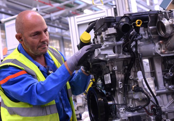 PSA - La produccion de los motores EB Turbo PureTech aumenta en 200 mil unidades en Tremery 1