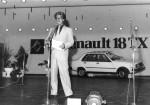 Renault - Fabrica Santa Isabel - 1981 - Jacques Montbeig - Presidente y Director General RASA presentando R-18