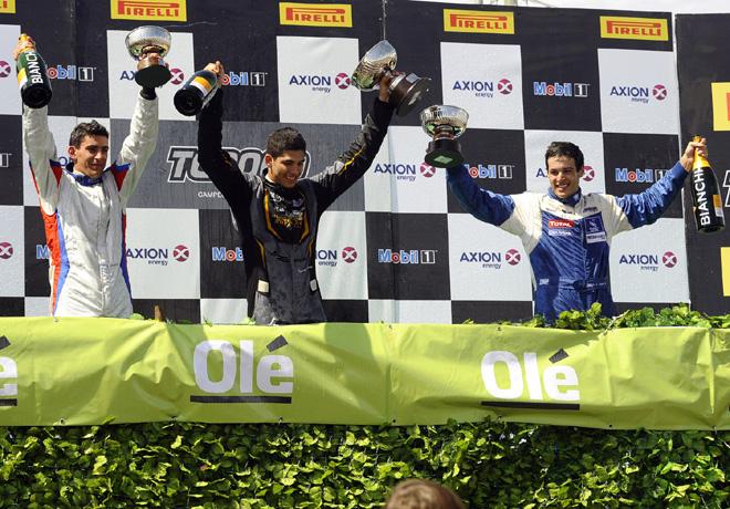 TC2000 - Cordoba 2015 - Carrera 2 - Danilo DAngelo - Facundo Conta - Diego Azar en el Podio