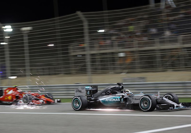 F1 - Bahrein 2015 - Lewis Hamilton - Mercedes GP - Kimi Raikkonen - Ferrari