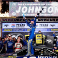NASCAR - Texas 2015 - Jimmie Johnson en el Victory Lane