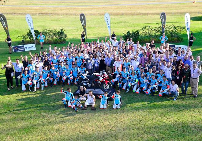 Corven Motos y Bajaj Auto Ltd formalizaron acuerdo con Argentina Race Team School 1