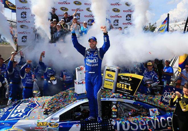 NASCAR - Dover 2015 - Jimmie Johnson en el Victory Lane