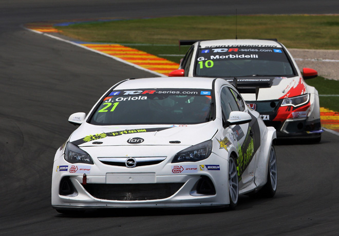 TCR - Valencia - Espana 2015 - Carrera 1 - Jordi Oriola - Opel Astra OPC