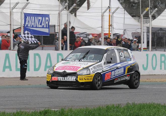 TN - San Jorge 2015 - C2 - Emiliano Giacoponi - Renault Clio