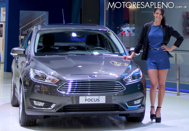 Salon AutoBA 2015 - Ford Focus sedan 1