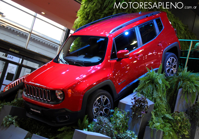 Salon AutoBA 2015 - Jeep Renegade 1