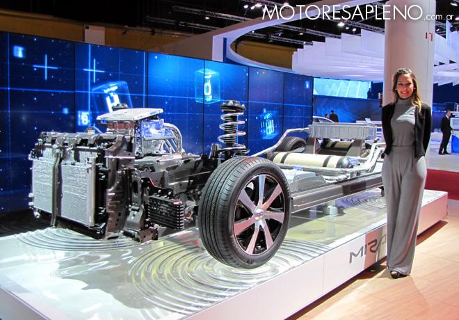 Salon AutoBA 2015 - Toyota Mirai 2