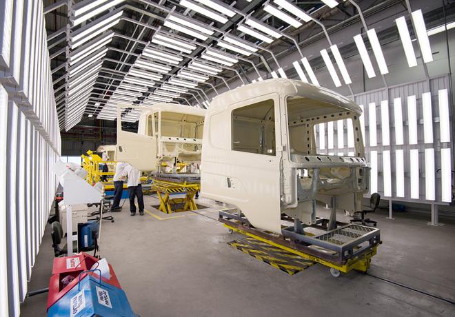 Scania - Top Coat - Tunel de Luz 1