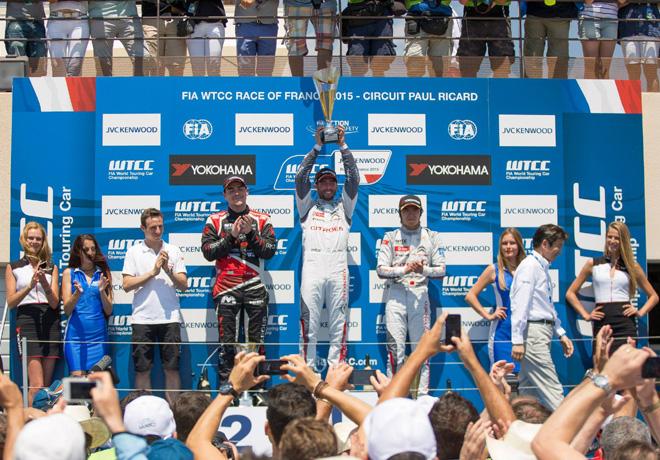 WTCC - Paul Ricard - Francia 2015 - Carrera 2 - Norbert Michelisz - Jose Maria Lopez - Ma Qing Hua en el Podio