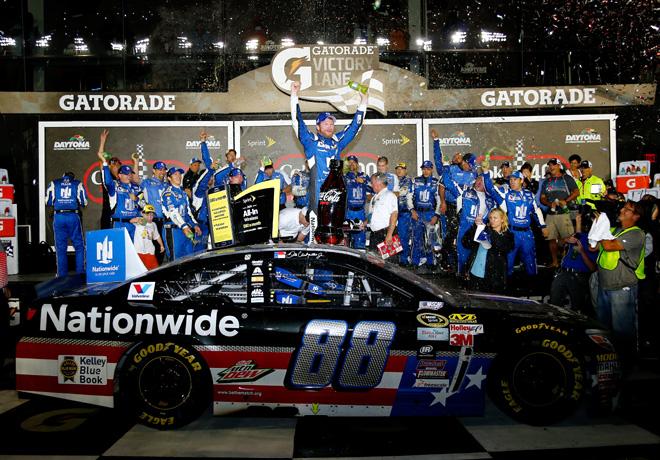 NASCAR - Daytona 2015 - Dale Earnhardt Jr en el Victory Lane