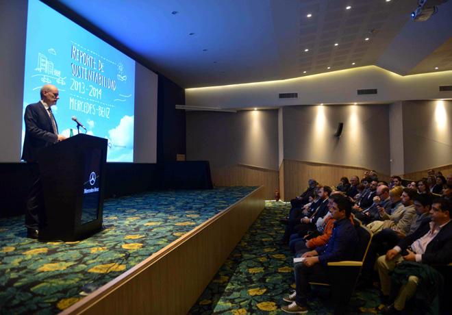 Mercedes-Benz Argentina lanzo su Reporte de Sustentabilidad 2013-2014 - Joachim Maier - Presidente de la Compania en el Pais