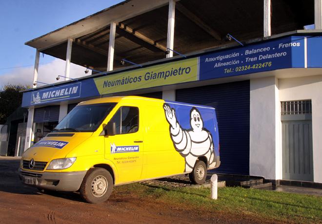 Michelin - Neumaticos Giampietro - Mercedes - Buenos Aires